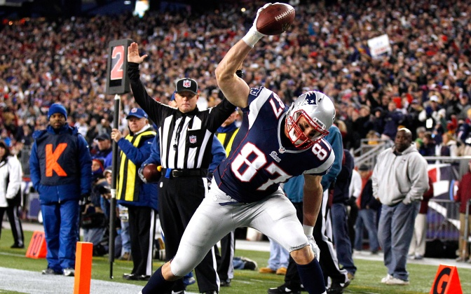 rob gronkowski, rob gronkowski stats, rob gronkowski spike, indianapolis colts, new england patriots